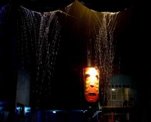 Paisagem Urbana/A máscara e a chuva
