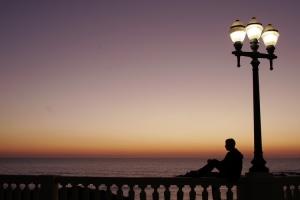 Outros/Loneliness - Foz do Porto