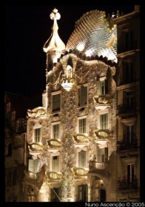 Paisagem Urbana/Casa Batlló by Night
