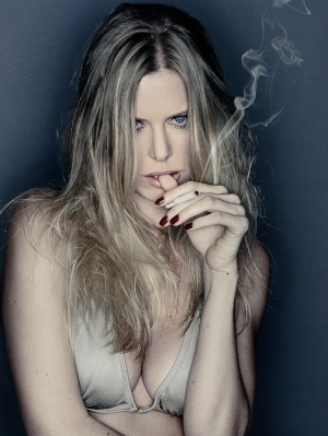 Moda/Gisele Smoking
