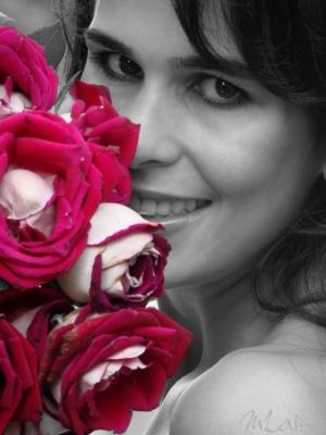 Retratos/Larissa e as rosas!