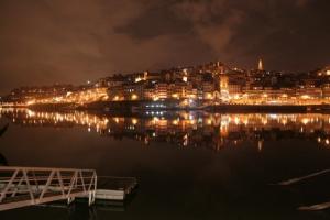 Gentes e Locais/Porto na água