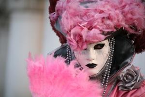 Outros/Mascara Veneziana