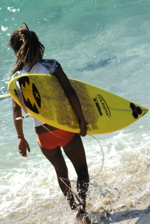 Outros/A menina que surfa