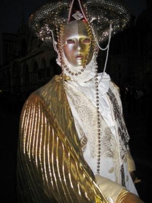 Outros/Mascarado em Venesa