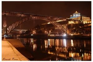 Gentes e Locais/Porto Sentido by night