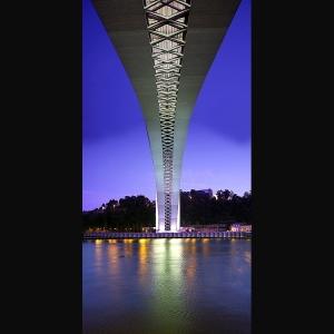 /Por baixo da ponte