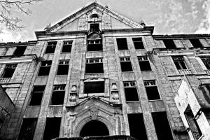 Paisagem Urbana/Toda Loucura Será Perdoada