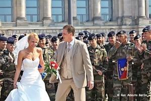 Gentes e Locais/Os Noivos e os Soldados