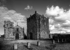 História/Torre e Igreja Matriz de Manhente