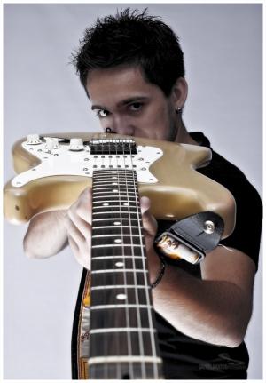 Retratos/Guitar na Mira