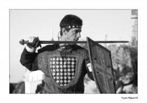 História/Entre a espada e a parede!