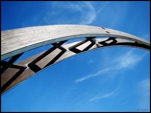 Outros/A bridge to the sky