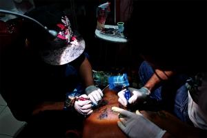 Fotojornalismo/la tatuage c'est camouflage