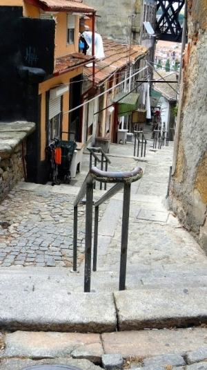 Gentes e Locais/Caminho para casas...