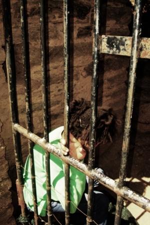 Gentes e Locais/Prisioneira ,