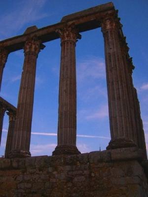 Paisagem Urbana/Templo de Diana;)