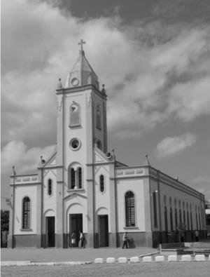 Gentes e Locais/Igreja do interior