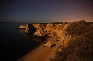 Paisagem Natural/Praia da Marinha à noite - Algarve