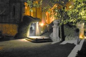Outros/Mosteiro de Leça do Balio em dia de feira Medieval