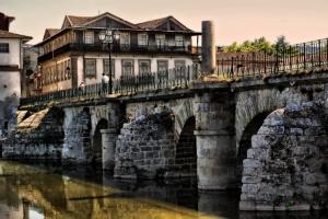 Gentes e Locais/Ponte romana de Chaves