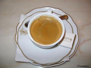 Outros/Majestic Café