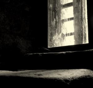 Outros/apagam-se as luzes da igreja ...
