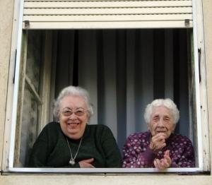 Gentes e Locais/A avó e a bisavó