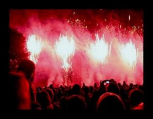 Espetáculos/*** Multidão ***