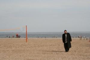 /Caminhando na praia
