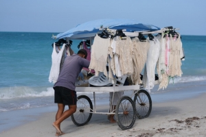 Gentes e Locais/Vendedor em Varadero - Cuba