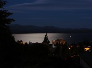 Outros/Noite no Lago Nahuel Huapi