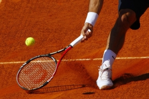 /ROGER FEDERER DRIFTING ON CLAY...