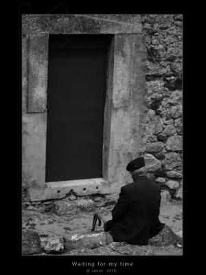 Gentes e Locais/Waiting for my time