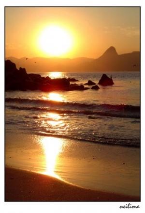 Outros/Nascer do sol na praia do Flamengo.