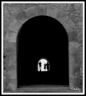 /Há Vida no Fim do Túnel