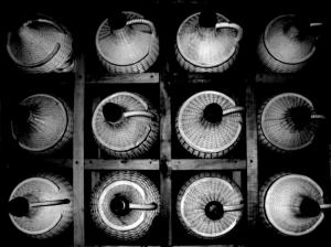 Abstrato/GARRAFÕES