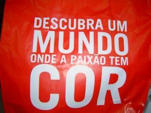 Outros/SACO VERMELHO COM FRASE BEM BENFIQUISTA:)))