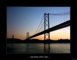 /Uma Ponte sobre o Tejo