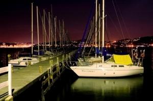 Paisagem Urbana/Um Pier à noite