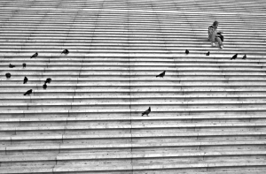 /La femme, Les Escaliers et Les Pigeons