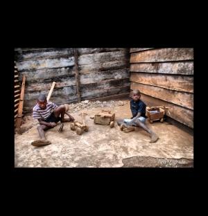 Gentes e Locais/Brincar em São Tomé