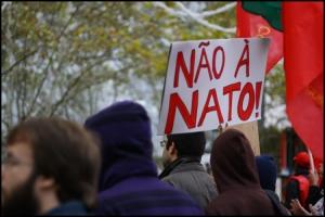 Gentes e Locais/Manifestação Anti-NATO