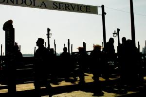 Gentes e Locais/Gondola Service