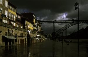 Paisagem Urbana/Cheia do Douro