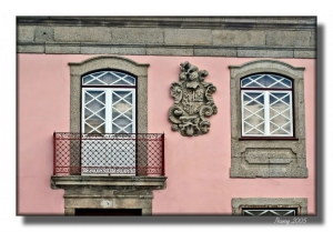 /Mais janelas de Almeida...