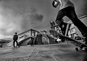 Paisagem Urbana/OS MENINOS DO SKATE