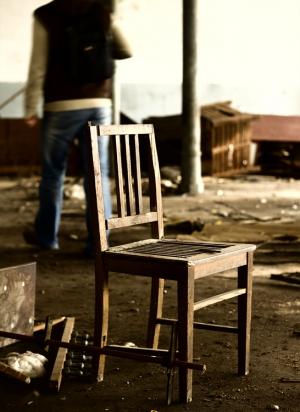 Gentes e Locais/do not go away, sit down