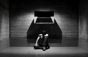 Retratos/GIVE ME A REASON TO LOVE YOU