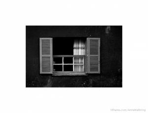 Outros/Le finestre della solitudine